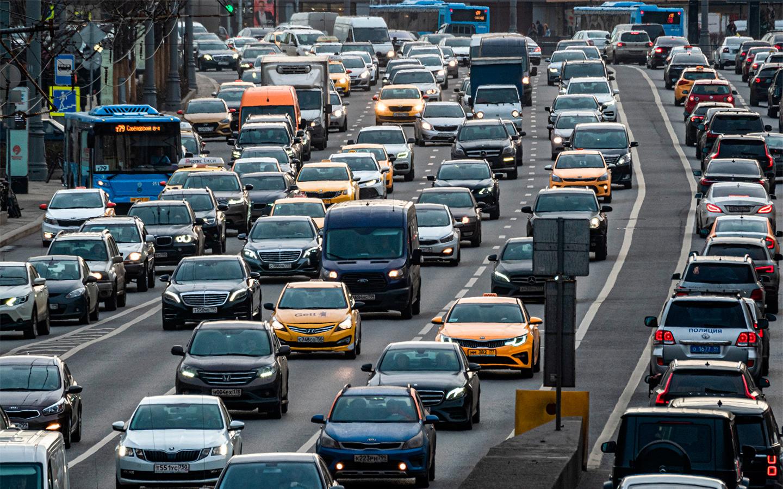 С 1 сентября вступили в силу несколько важных изменений для водителей. Среди них — новый дорожный знак, гаражная амнистия, электронное обжалование штрафов