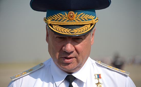 Главком Военно-космических сил России Виктор Бондарев