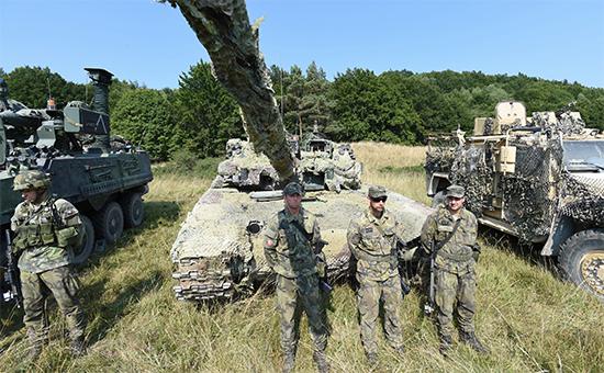 Солдаты НАТО научениях