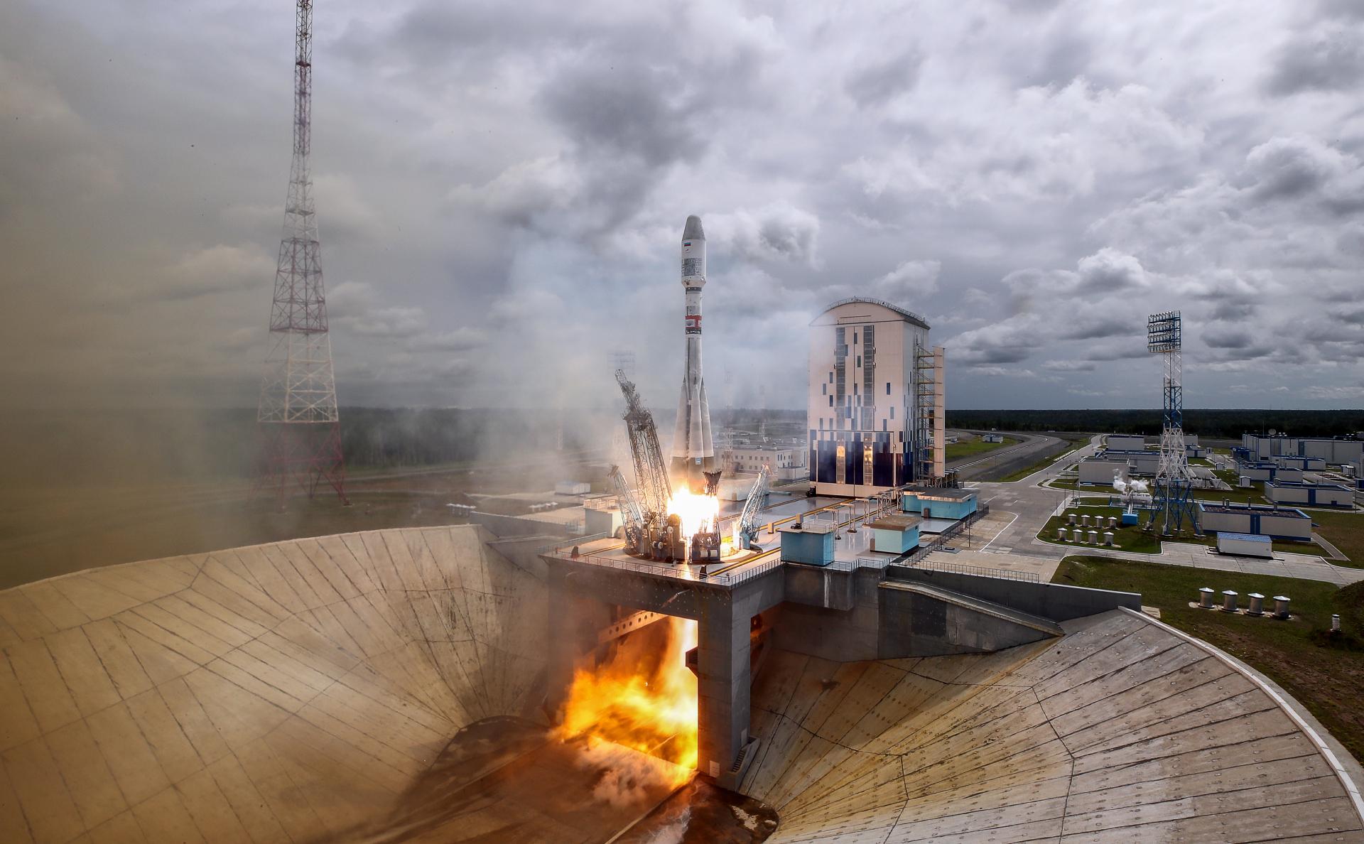 Запуск ракеты-носителя «Союз-2.1б» на космодроме Восточный