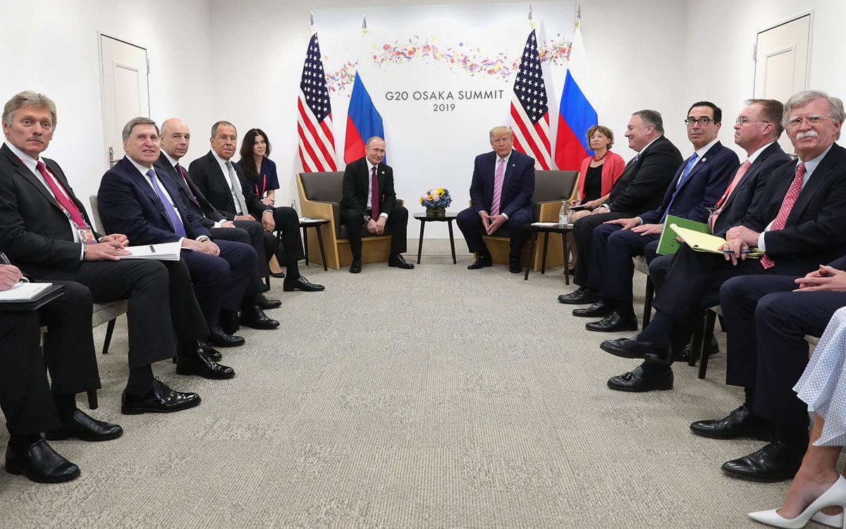 ВстречаВладимира Путинаи Дональда Трампана полях саммита «Группы двадцати» в Осаке, Япония, 28 июня 2019 г.