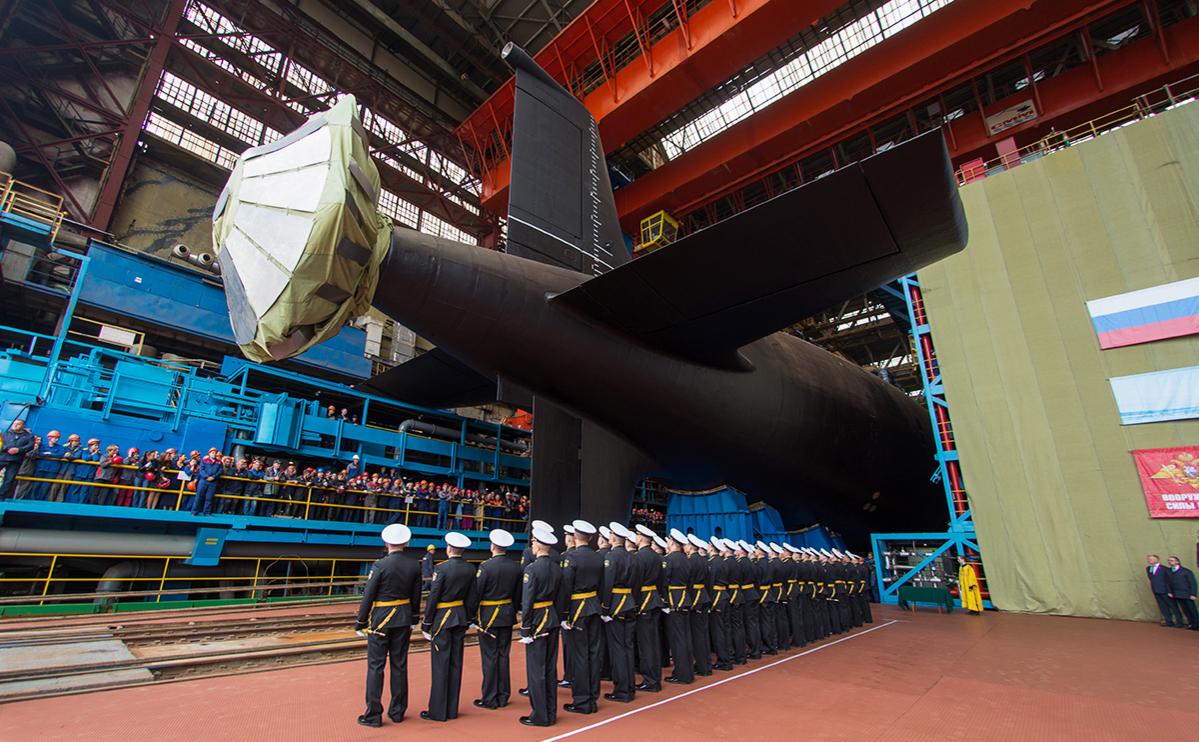 Церемонии спуска на воду атомной подводной лодки проекта 885М («Ясень-М») «Красноярск» на территории судостроительного завода «Севмаш»