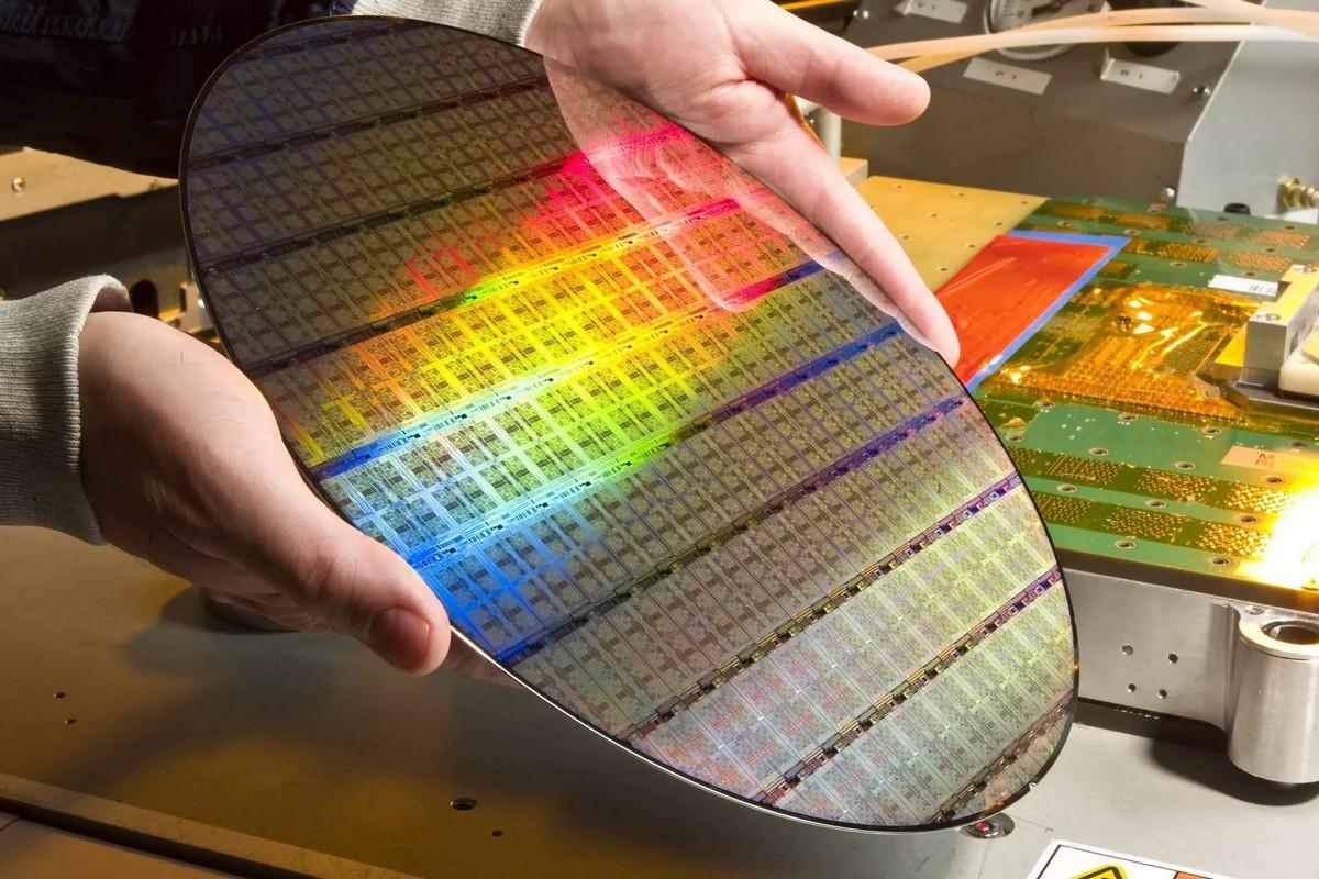 Печать микросхем на кремниевых пластинах