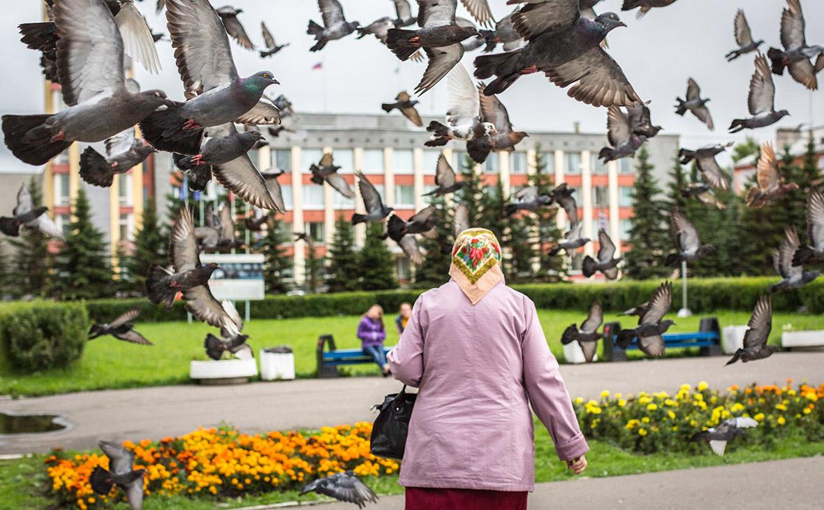 Жительница города на одной из улицСеверодвинска