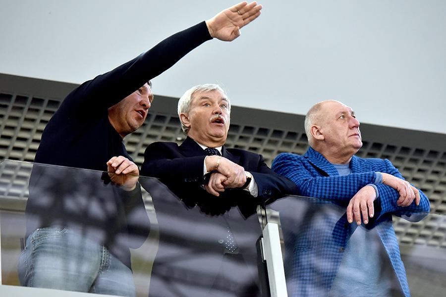Слева направо: вице-губернатор Санкт-Петербурга Игорь Албин, губернатор Георгий Полтавченко ивице-губернатор Александр Говорунов
