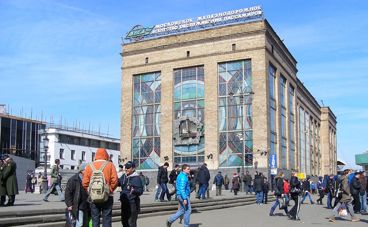 РЖД выставят на торги здание билетного агентства у метро Комсомольская
