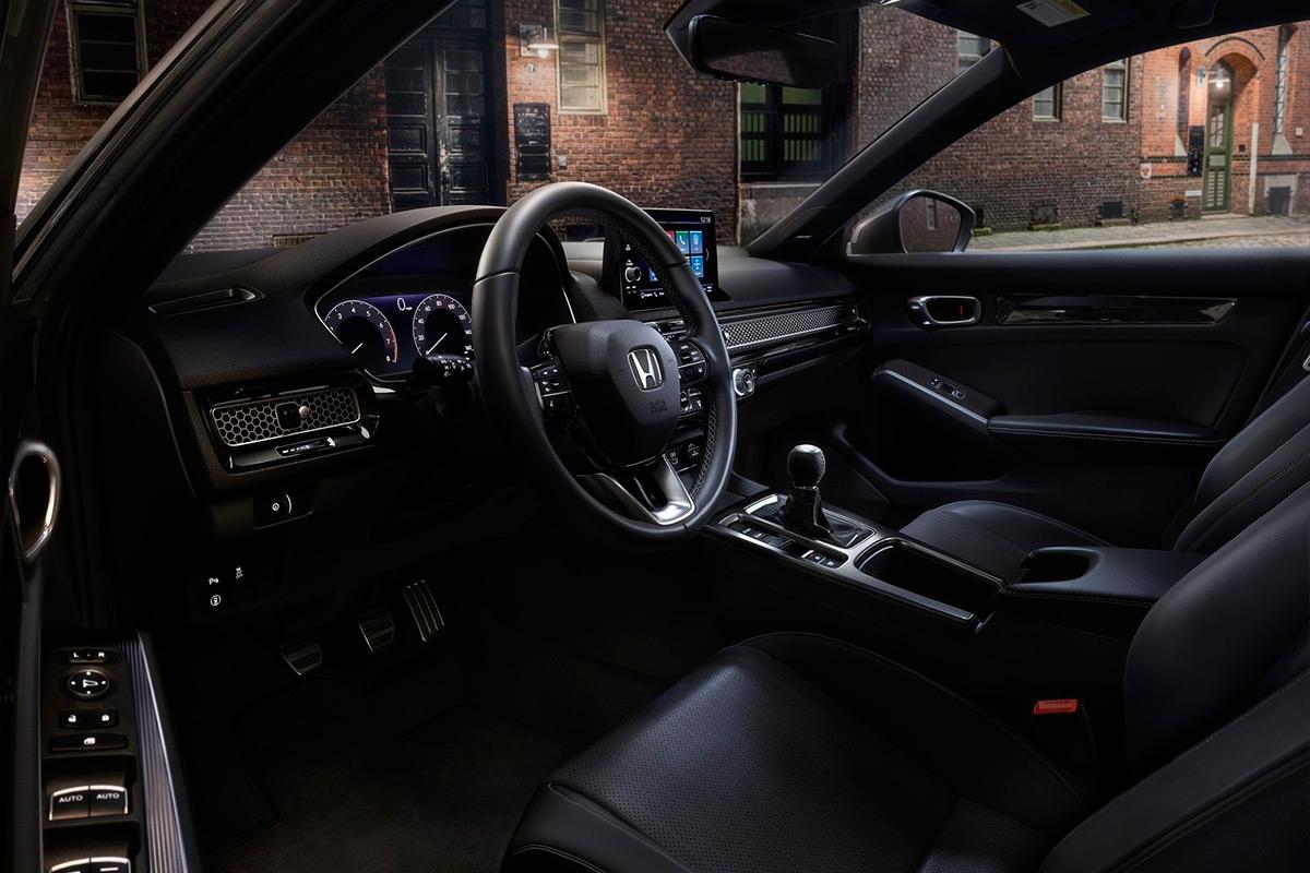 "Салон нового Honda Civic <div id=""gtx-trans"" style=""position: absolute; left: -21px; top: -4px;""> <div class=""gtx-trans-icon""></div> </div>"