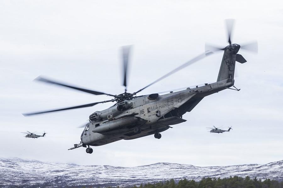 Тяжелый десантно-транспортный вертолет СН-53Е Super Stallion ВВС США