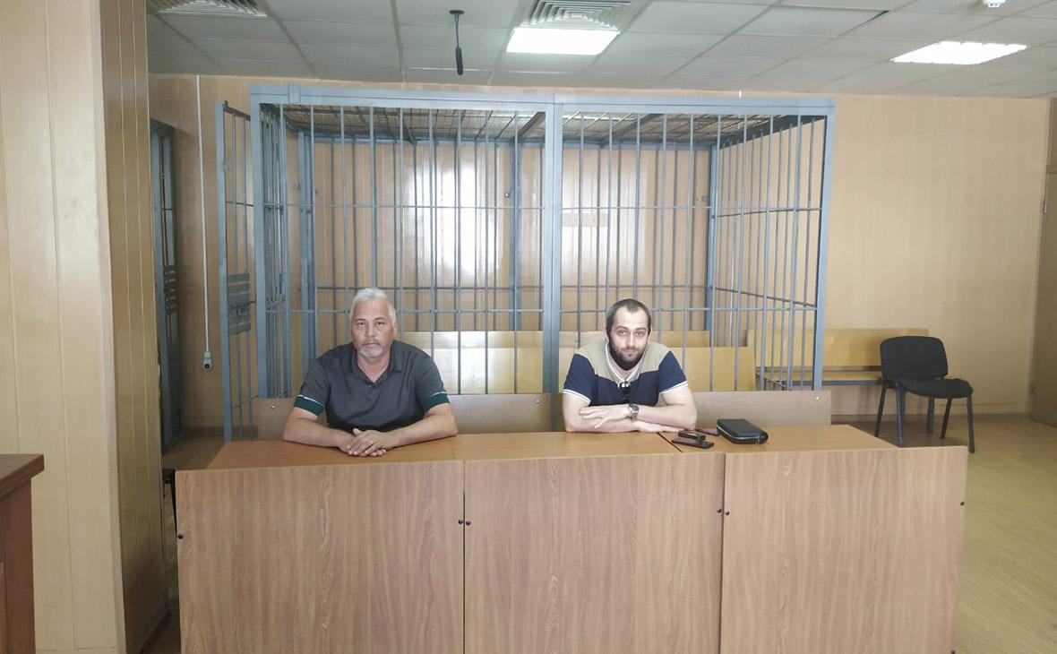 Александр Вершинин(слева)