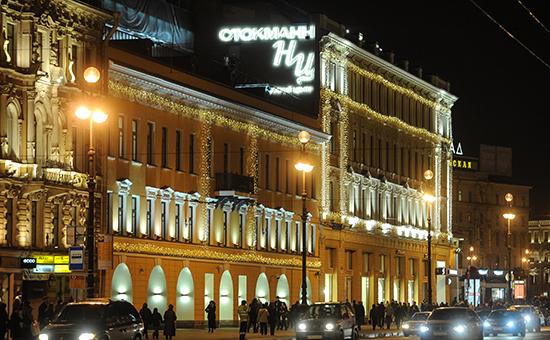 Вид наторгово-развлекательный комплекс «Невский центр»