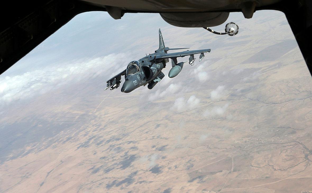 Штурмовик Harrier AV-8B морской пехоты США в Сирии