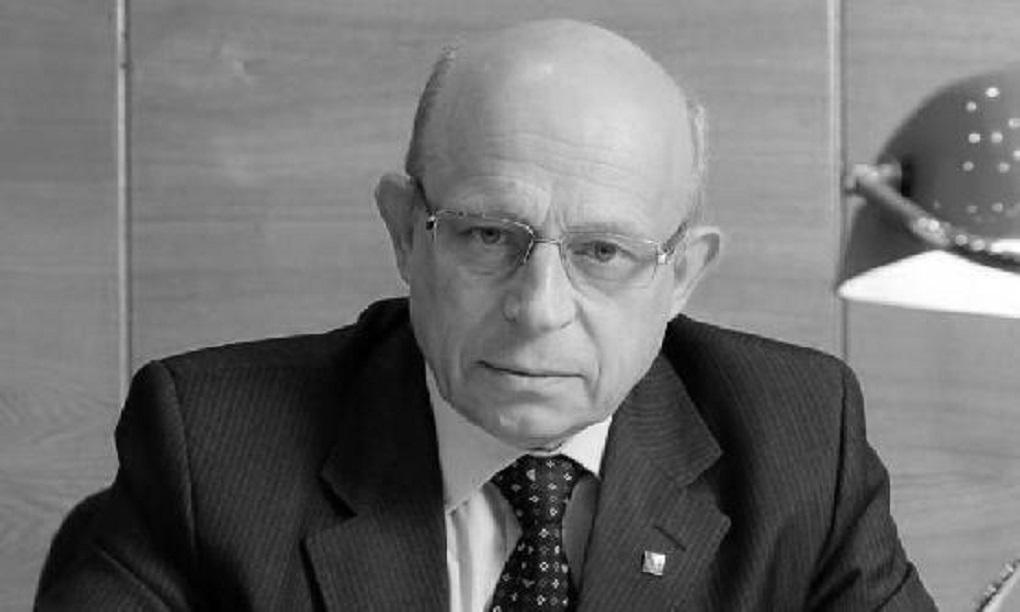 Фото: . Последние годы был председателем совета директоров ЧФМК.