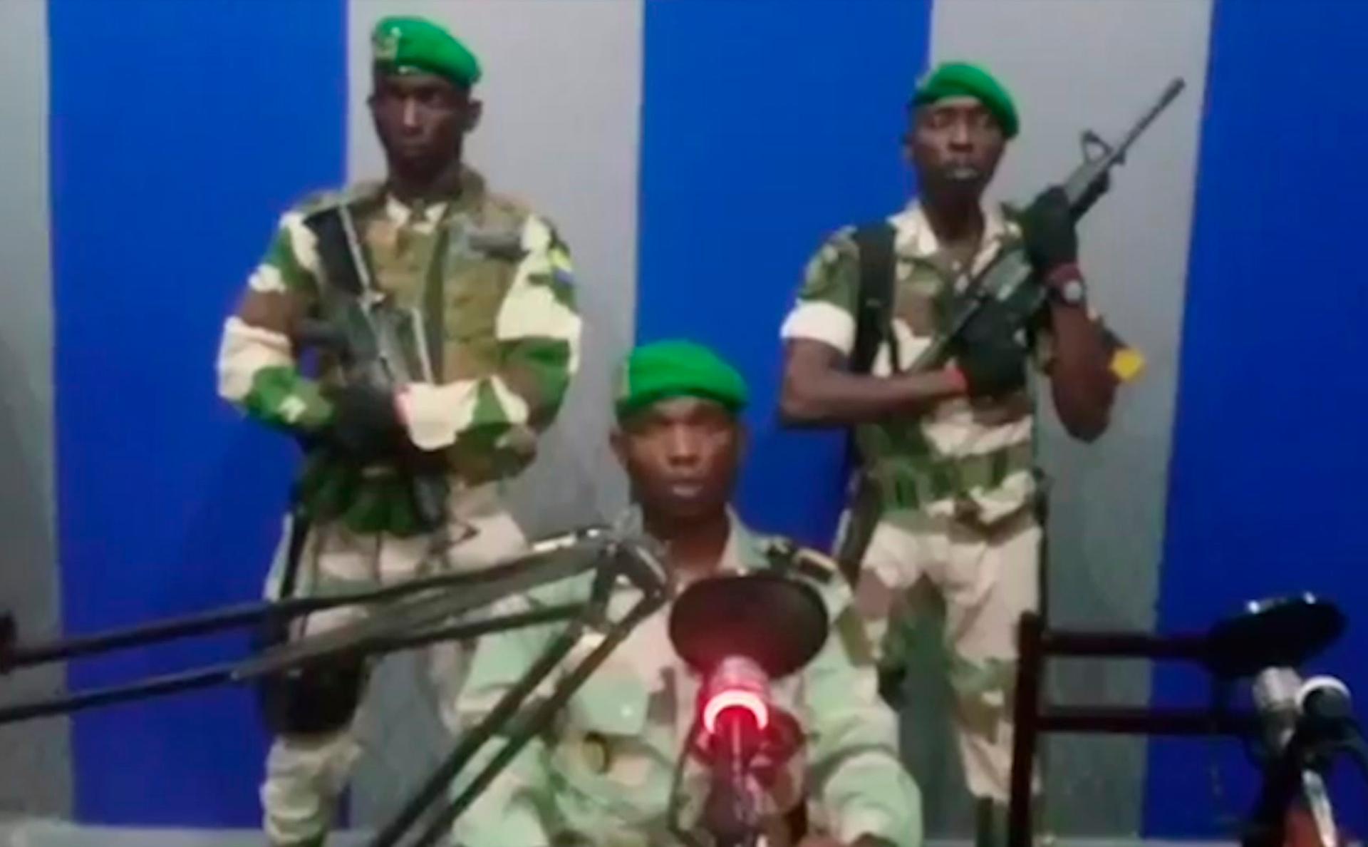 Мятежники объявили о захвате власти в Габоне