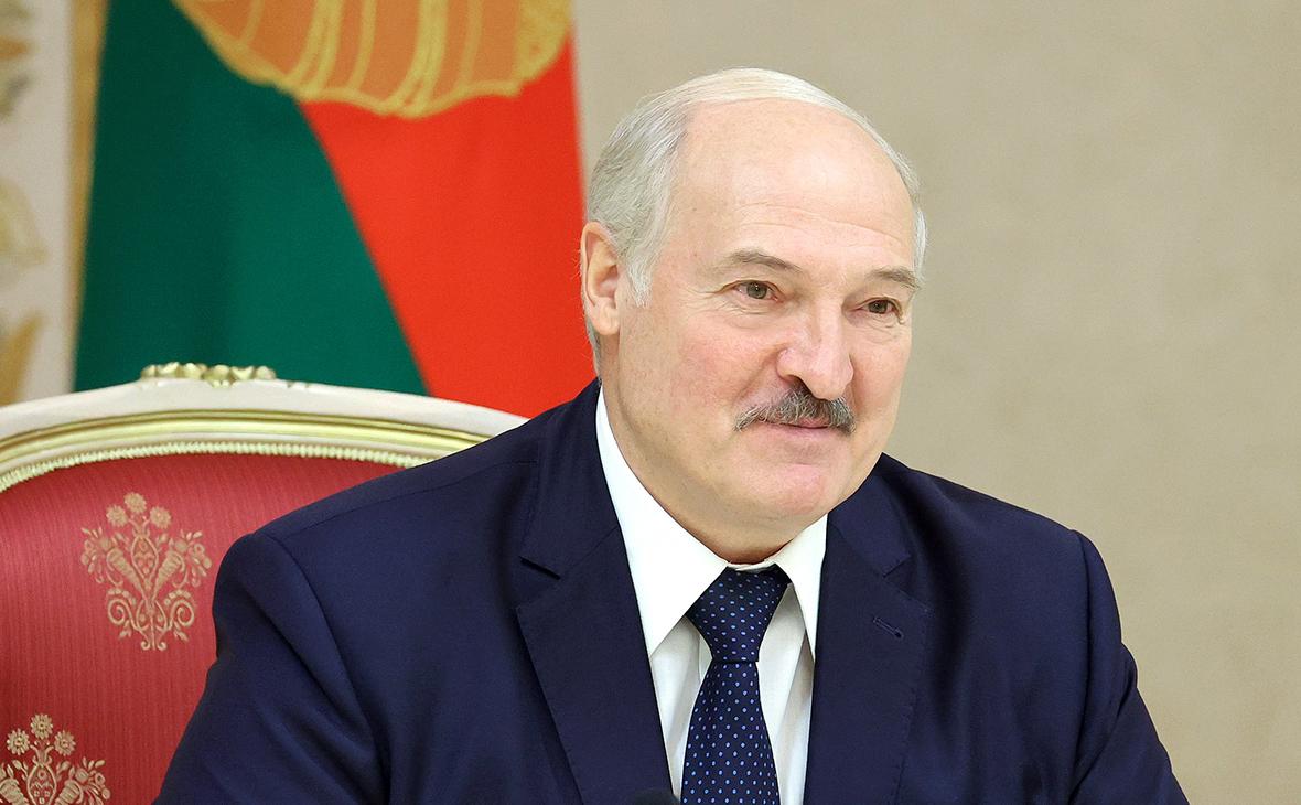 Лукашенко заявил о выдаче Тихановской $15 тыс. из бюджета :: Политика :: РБК
