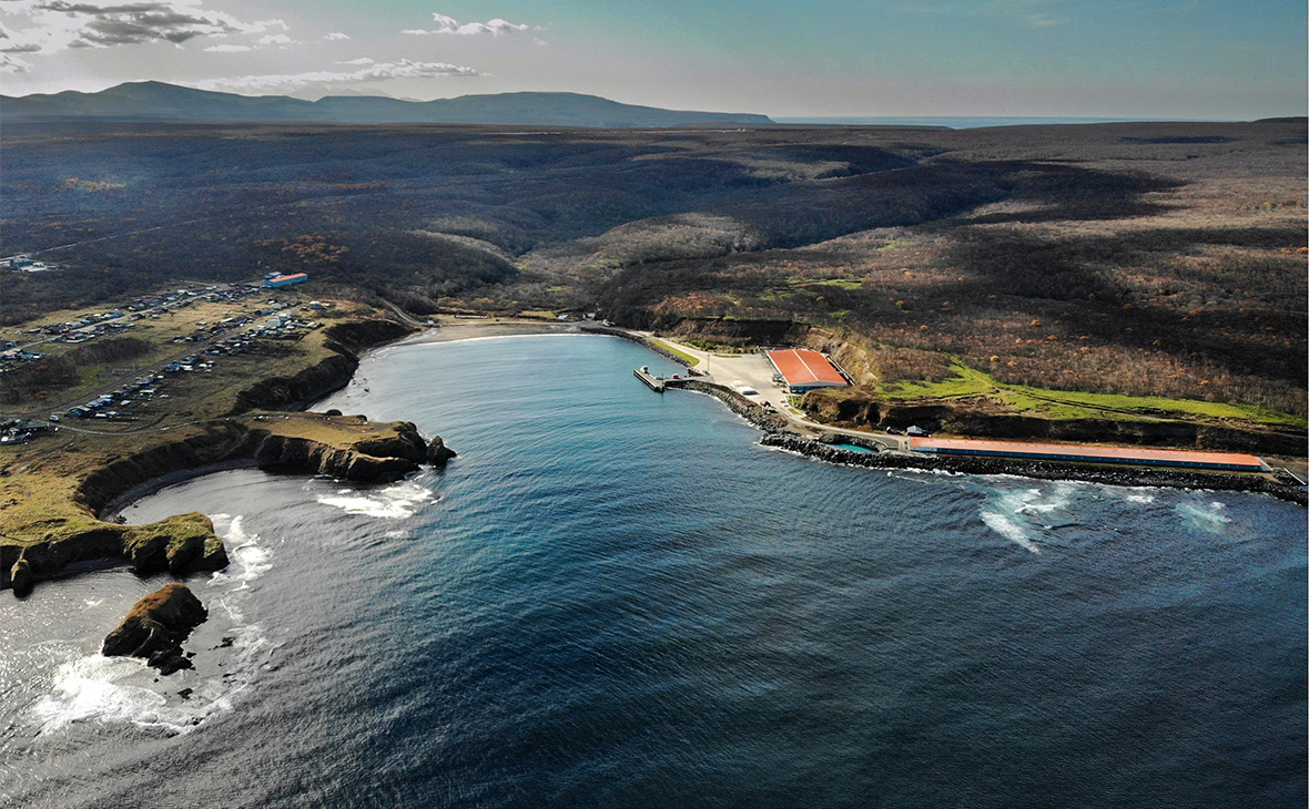 Вид на остров Итуруп