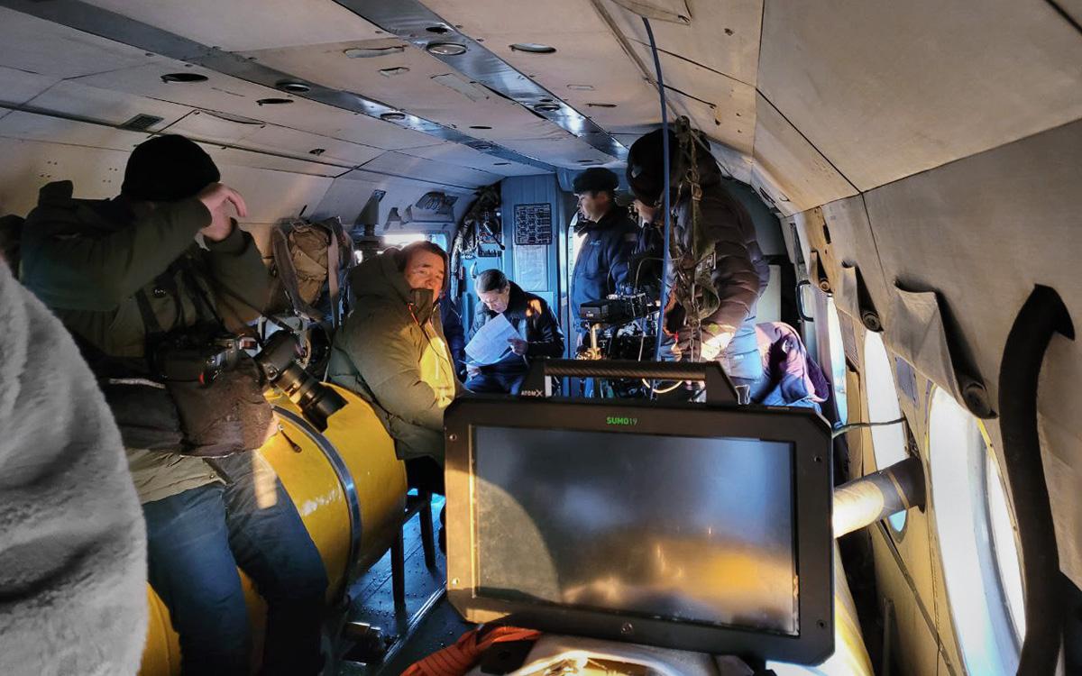 Константин Эрнст направляется к планируемому месту посадки корабля «Союз МС-18»