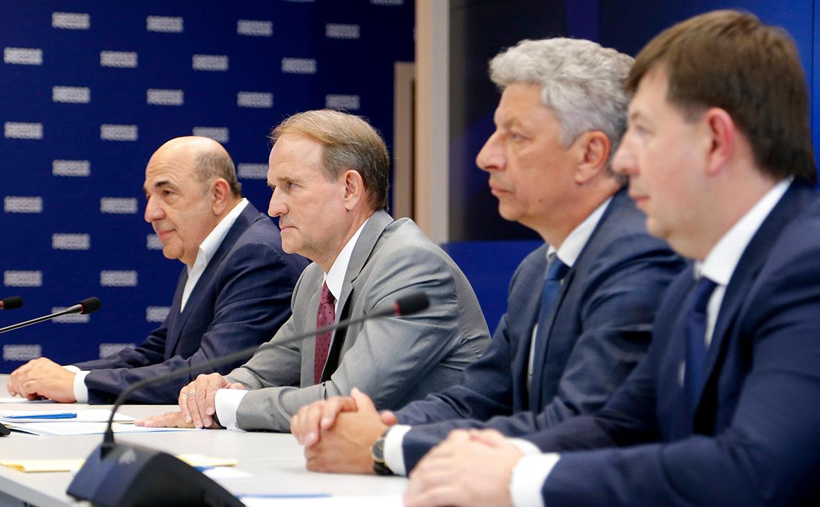 Вадим Рабинович, Виктор Медведчук, Юрий Бойко и Тарас Козак (слева направо)