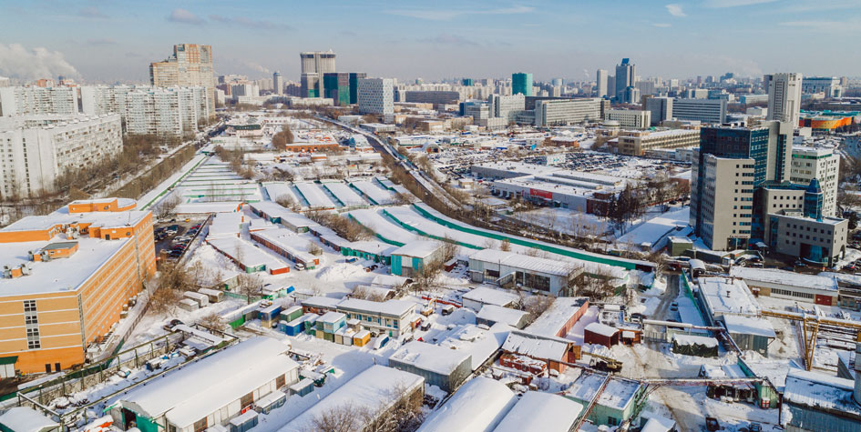 Вид на промзону в районе станции метро «Калужская»