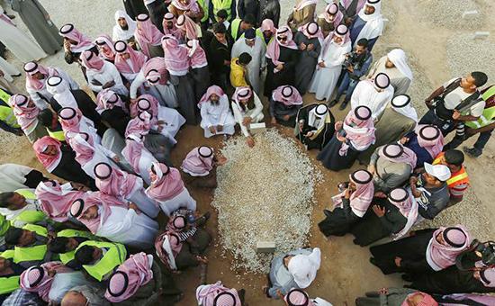 Король Саудовской Аравии похоронен в безымянной могиле