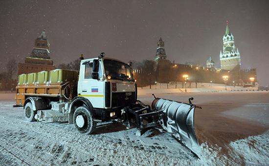 Снег наКрасной площади