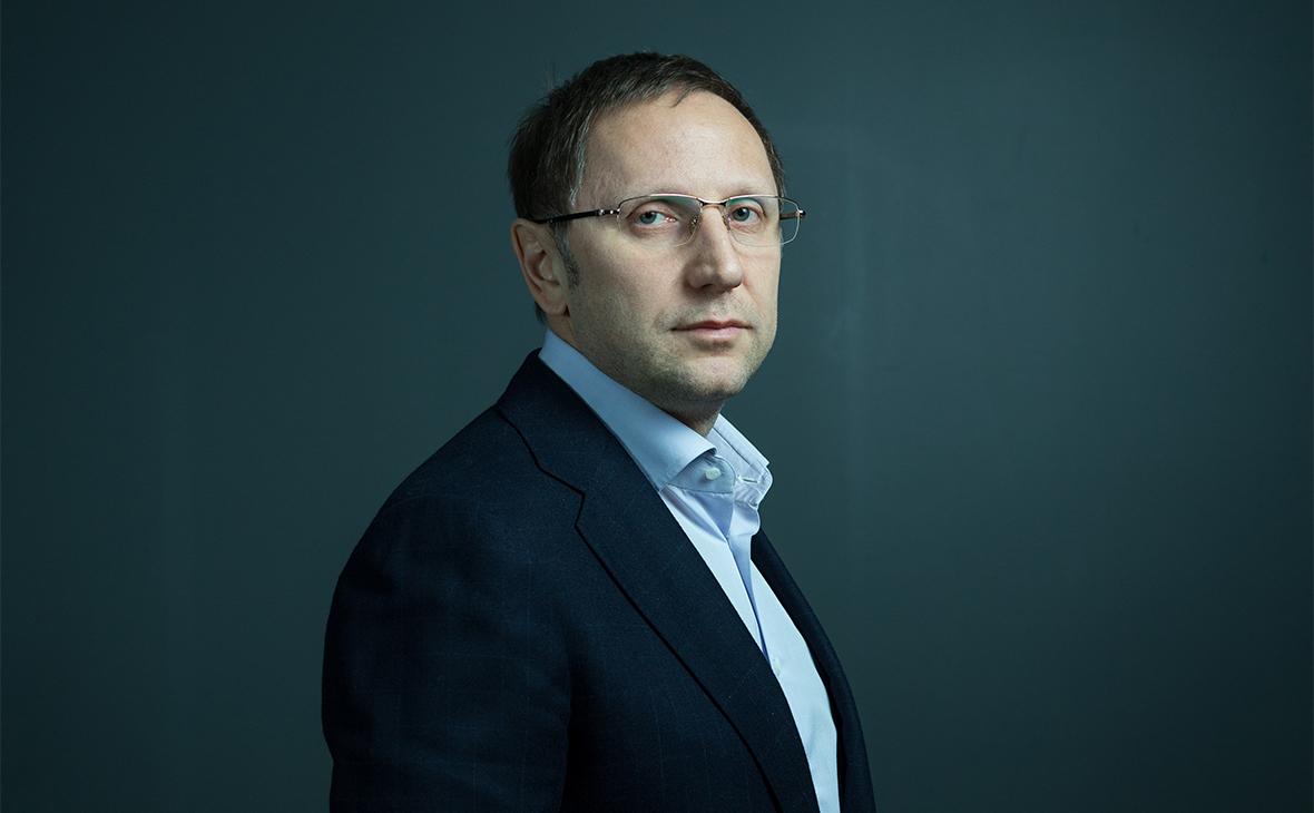 Карьера гендиректора «СТС Медиа»Вячеслава Муругова началась в 2005‑м — туда его позвал Александр Роднянский