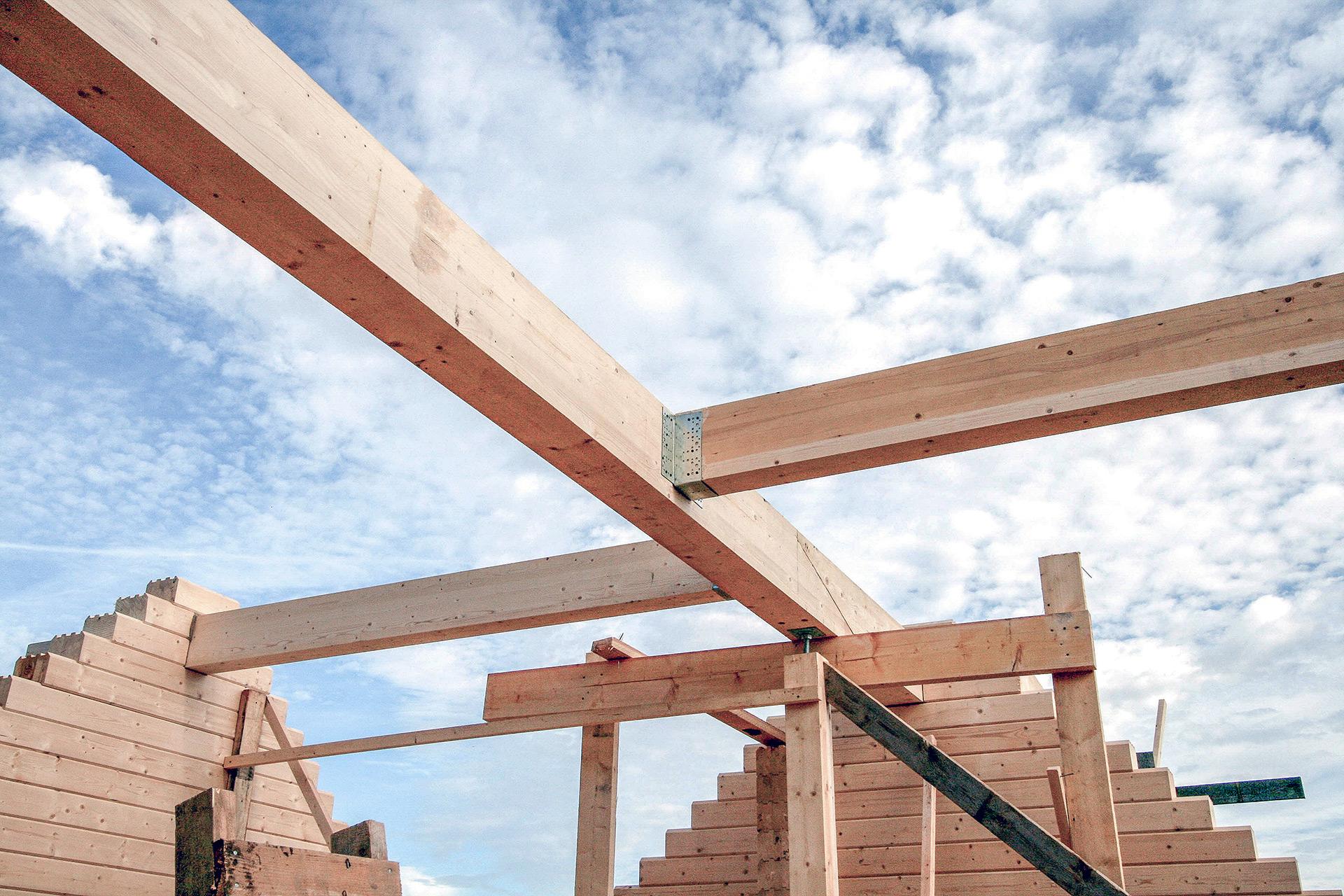 В России ежегодно строится около 8 млнкв. м деревянных частных домов
