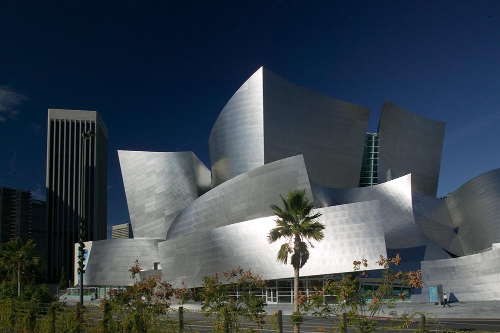 Концертный зал им. Уолта Диснея в Лос-Анджелесе