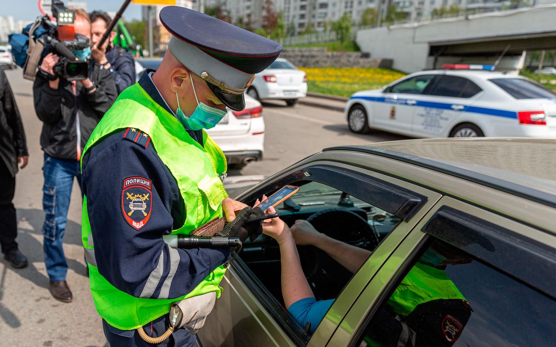 Водители смогут показывать инспекторам QR-коды из приложения вместо СТС