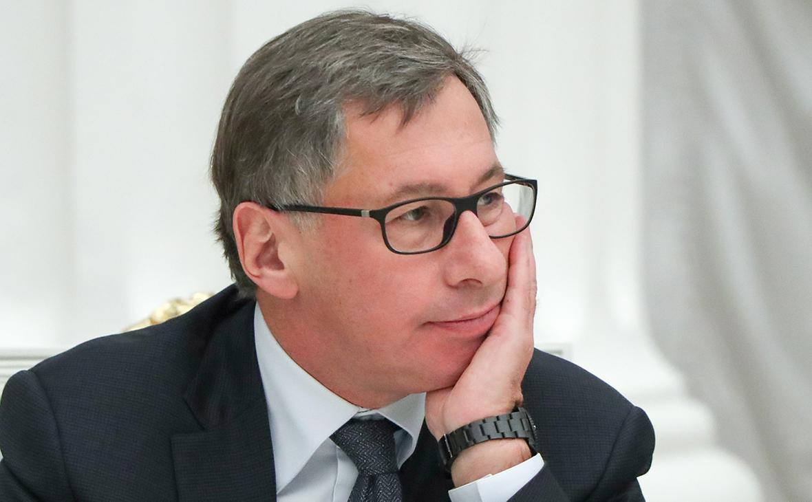 Авен назвал экзотичными требования Дерипаски к ЦБ