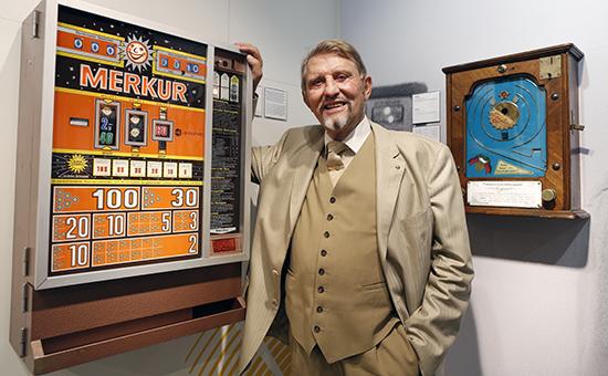Выставки азарт игровые автоматы покер на раздевание на русском i играть онлайн