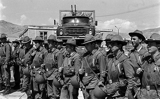 Советские воины-интернационалисты в Афганистане, 1985 год. Архивное фото.