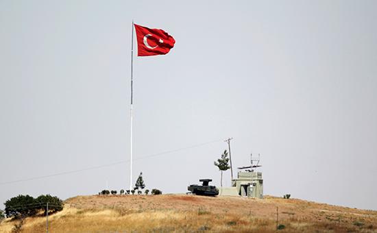 Военная техника на турецко-сирийской границе впровинции Килис