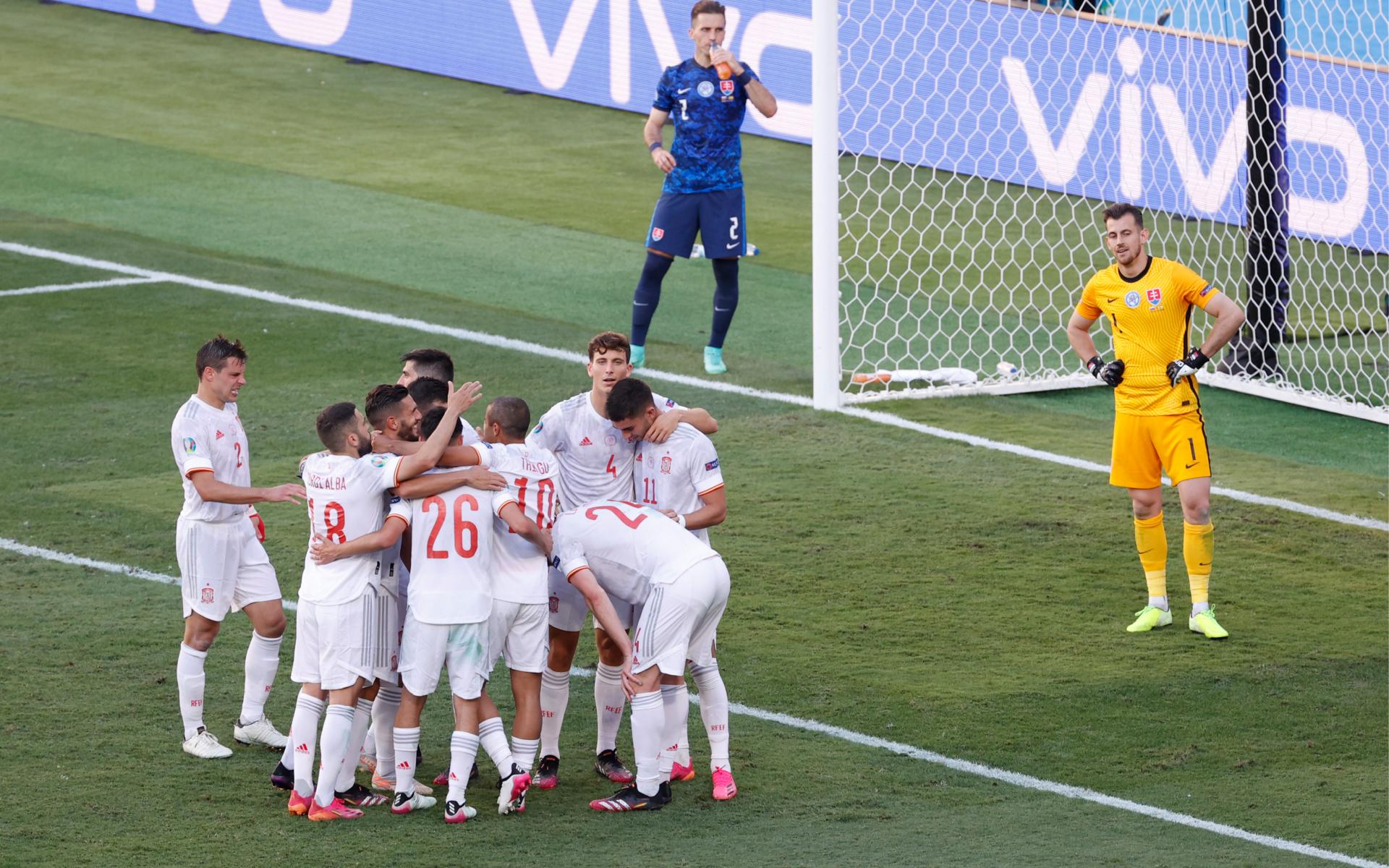 Фото: Игроки сборной Испании (Julio Munoz - Pool/Getty Images)
