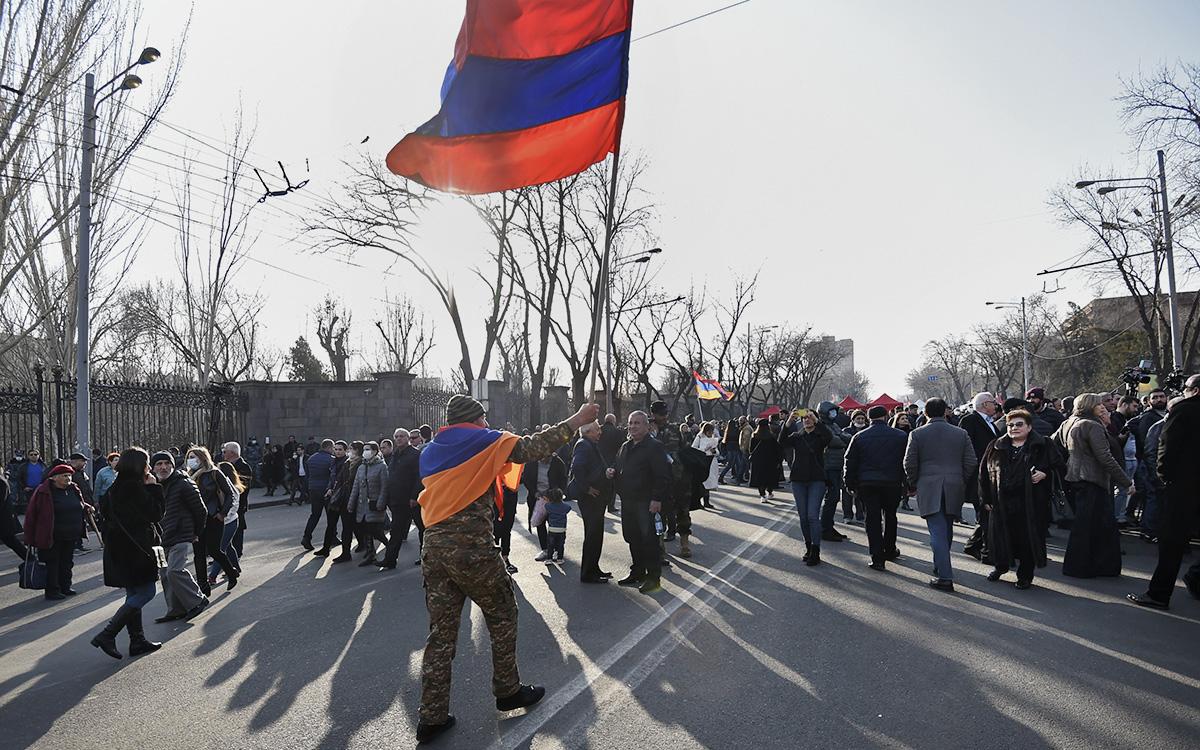 Протестная акцияна проспекте Баграмяна в Ереване, Армения