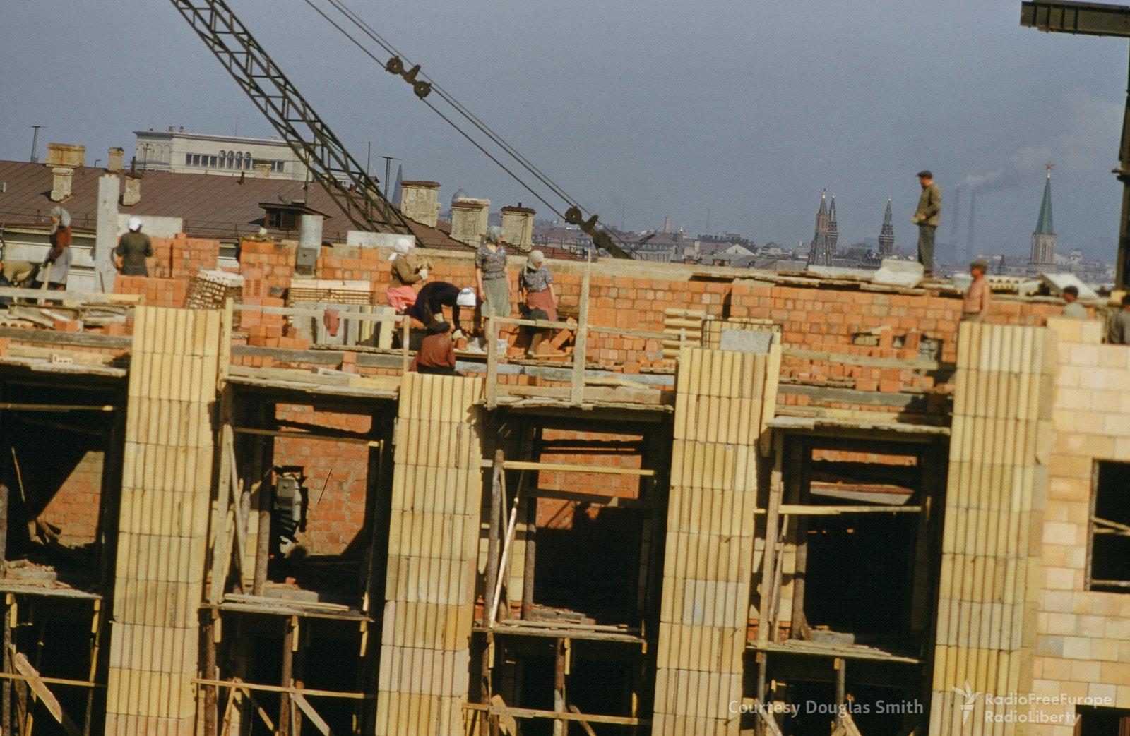 Строительство здания наулице Чайковского (Новинском бульваре), 18