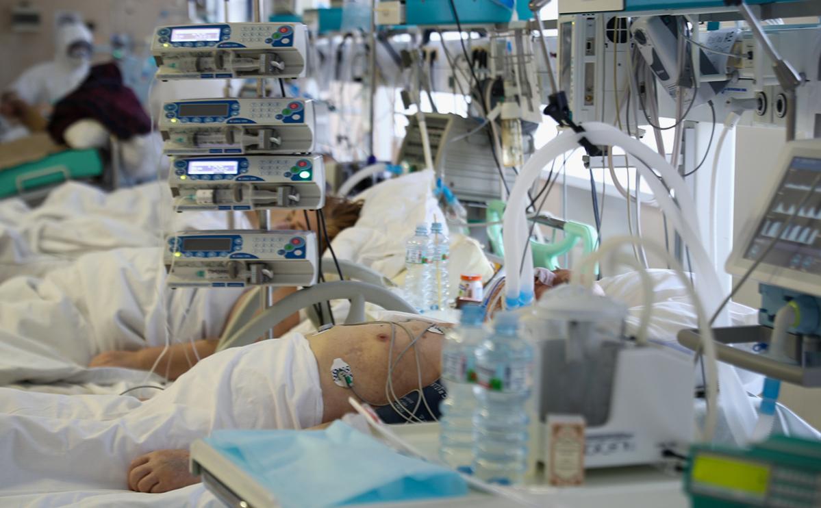 В Москве сообщили о росте числа пациентов c коронавирусом на ИВЛ