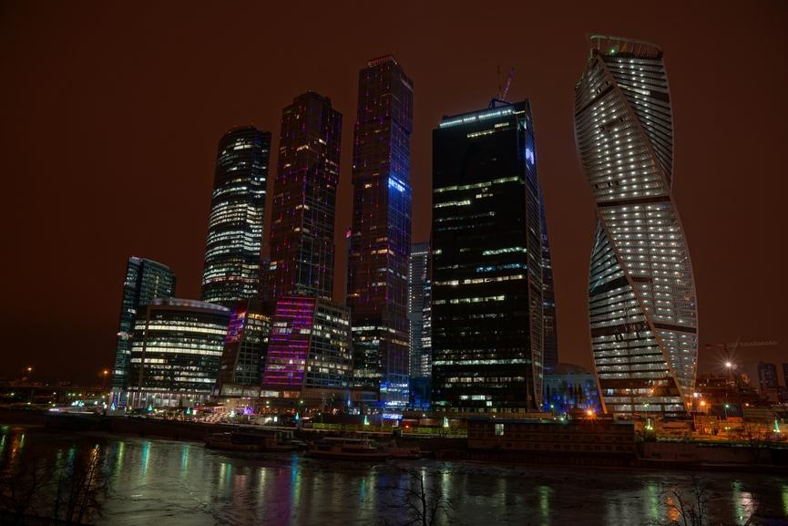Офис в небоскребах Москвы сегодня можно арендовать за 27 тыс. руб.
