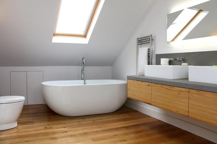 Деревянная отделка в ванной комнате