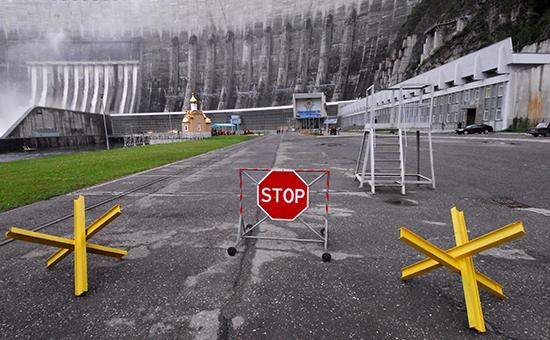 Саяно-Шушенской ГЭС спустя год после аварии