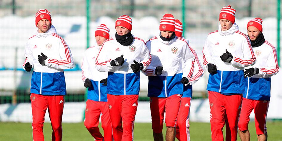 Дзагоев пропустил тренировку сборной России перед матчем с Бразилией