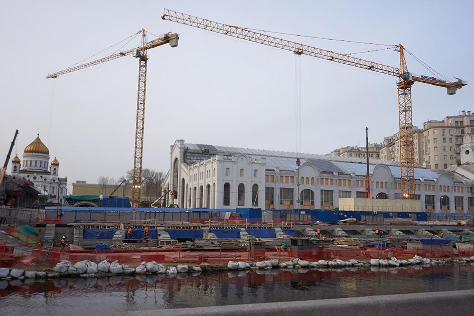 Реконструкция здания бывшей ГЭС-2, в котором разместится культурный, выставочный и образовательный центр на Болотной набережной.
