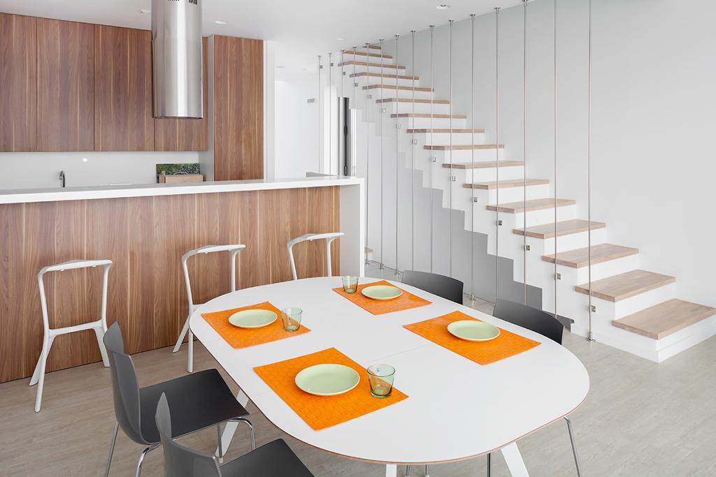На фото: гостиная в жилом комплексе «Миро»