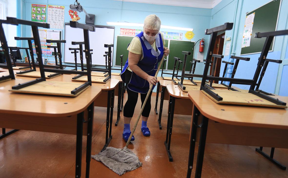 Школы и детсады Подмосковья не будут работать с 1 по 10 мая