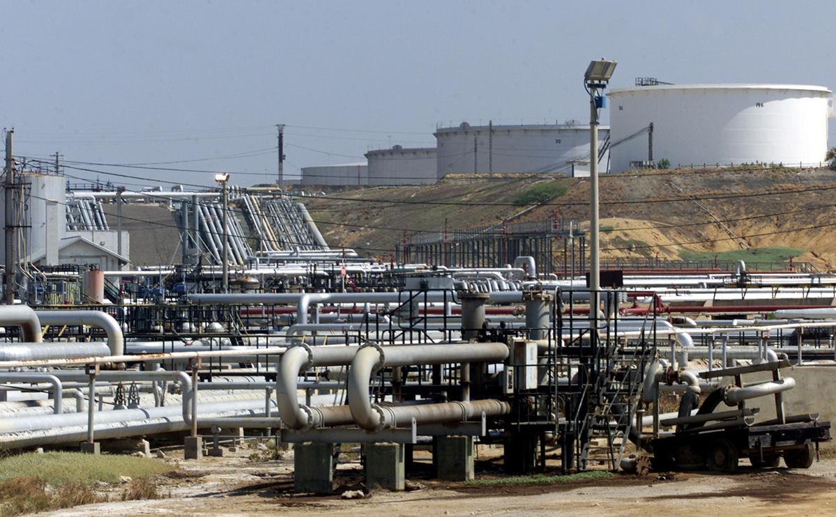 Нефтеперерабатывающий комплекс в Парагуане