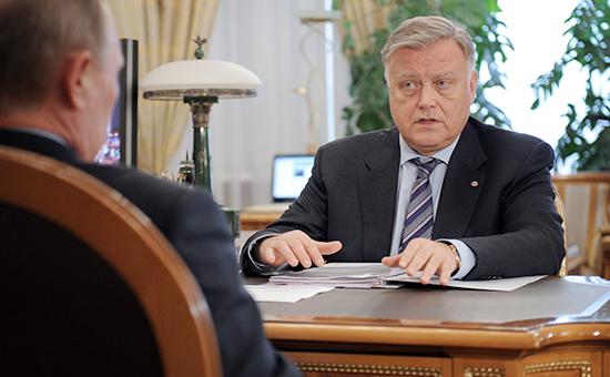 СМИ рассказали о роли Путина в увольнении Якунина