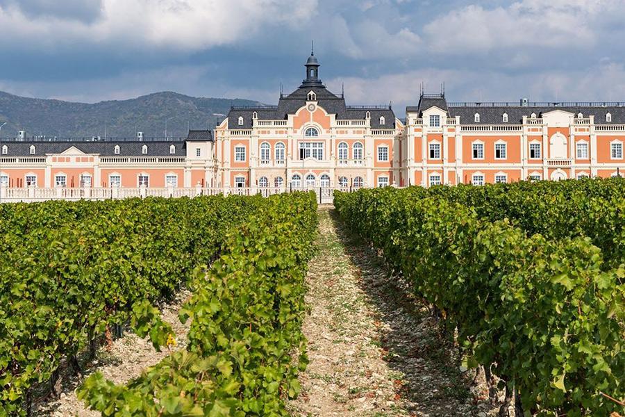 Замок Chateau de TaLu
