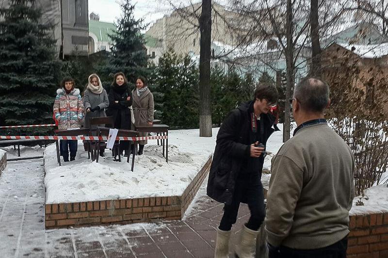 Бастующие студенты театроведческого факультета ГИТИСа  