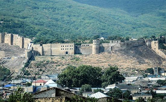 Вид на крепость Нарын-калав дагестанском Дербенте