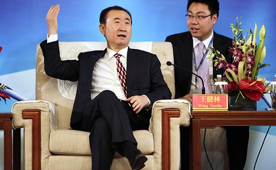 Основатель Dalian Wanda Group Ван Цзяньлинь (слева)