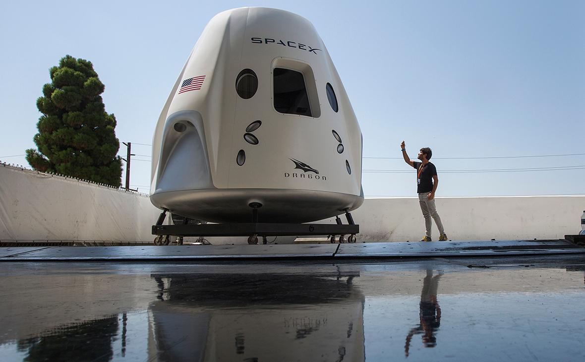 Капсула космического корабля «Crew Dragon»